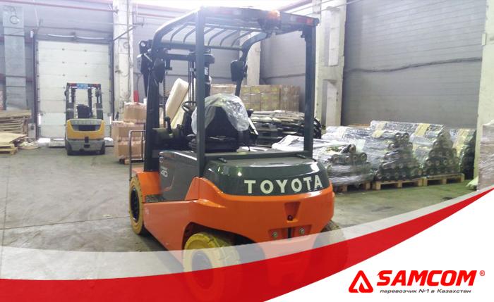 Перевозка погрузчика Toyota по России